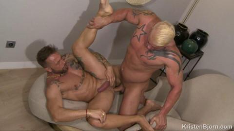 Loving Men - Jony Blond und Frank Valencia (720p)