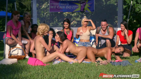Flixxx - Haley Reed, Layla London & Mila Marx (Catfight On Campus)
