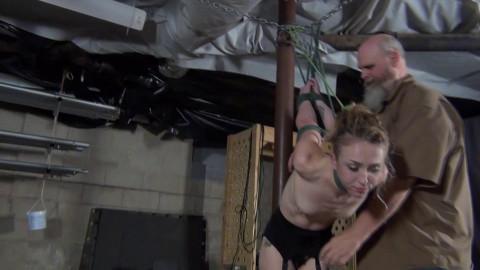 Macy Nikole: Pole Strappado