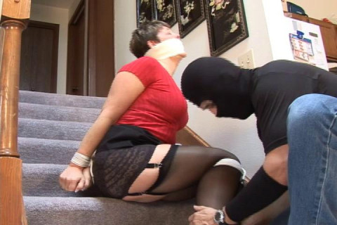 Torie-Curvy MILF housewife surprised by a burglar