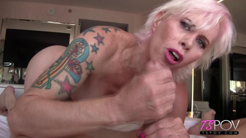mature blonde sexpot Nadia