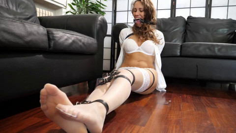 Ivy Blond ring gagged