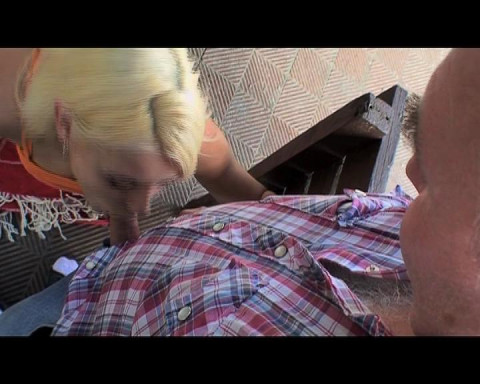 Old dude fucking the busty blondie