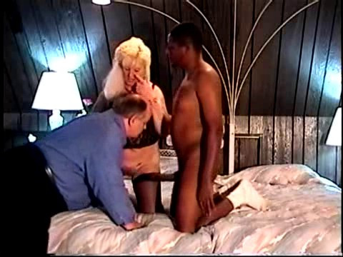 Cuckold Frankie Back For More