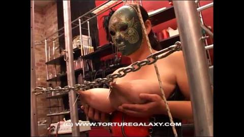 Juggs - Hardcore movie scene in the studio Torture Galaxy