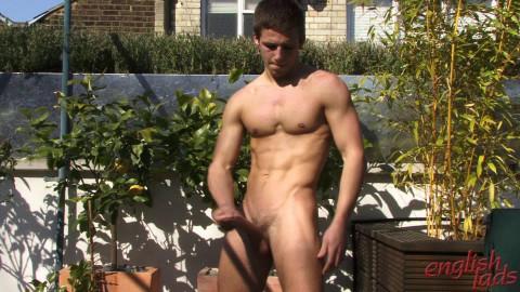 Muscle hunk Dane explodes! - Dane Dekota