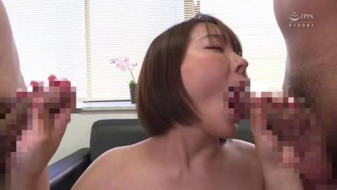 No Bra On This Big Tits Waitress