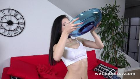 Anie Darling - Filling my bowl
