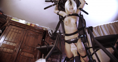 The Beauty Slave Punished By Lomp