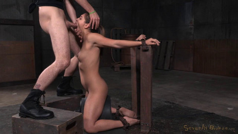Wholesome Sara Luvv does drooling deepthroat cumming brain out bound onto sybian! (2015)