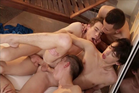 Twinks in raw orgy