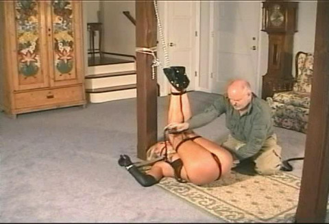 He ties another rope to her upper body ropes