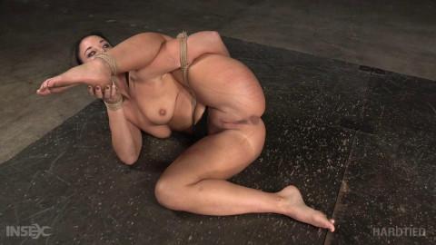 A Flexible Slut Is Best To Be Tied