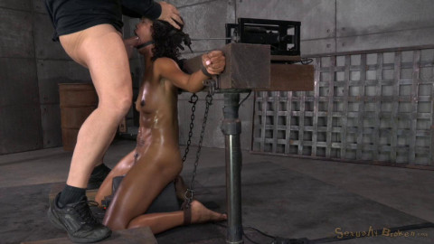 Deep throat expert Lotus Lain sybianed while bolted into the blow job machine!