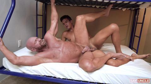 Killian Knox, Johnny Bandera - Cum Before Bed