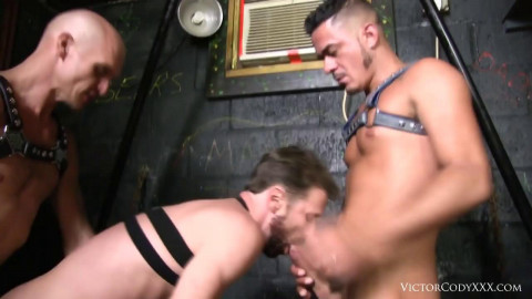 Raw Threesome Cage Fuck