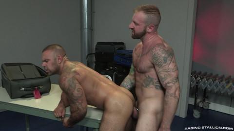 Raging Stallion - Aleks Buldocek & Lorenzo Flexx (1080p)