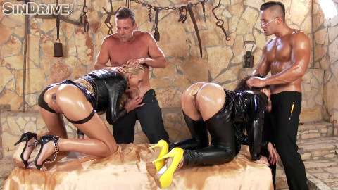 Leather babes aurelly rebel & kayla green - soaked in jizz & oil