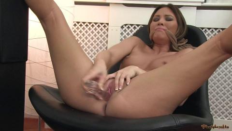 Natalia Forrest - Glorious gusset!