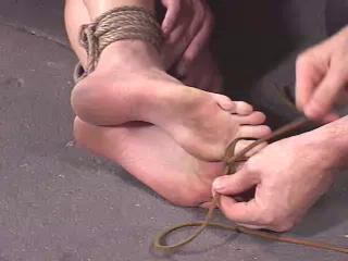 i26s Hot Feet Live Feed RAW - InSex