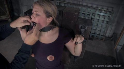 Infernal Restraints - Winnie Rider