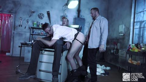 Dr. FrankenFucks Fist Lab, Scene 03