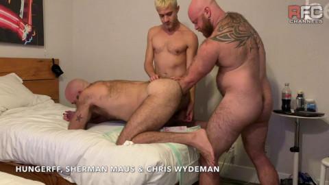 Triple Tag Team Fisting Pt3 Chris Wydeman & Sherman Maus FistFuck Me!