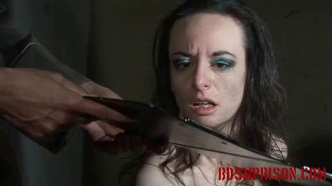 BDSM Prison nadja 2