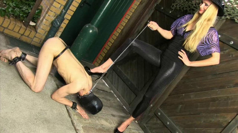 Empress Victoria - Domination With High Heels - HD 720p