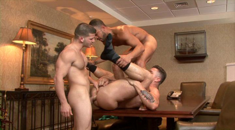 Brutal Muscle Fuckers In Rough Gangbang