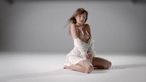 Daniela - Daring Dance