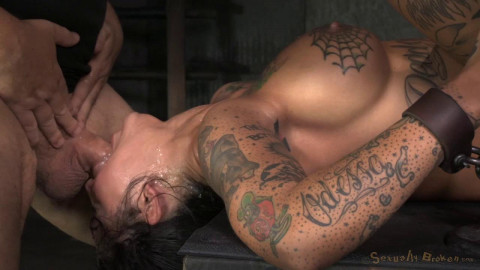 Bonnie Rotten manacled in strict device tying