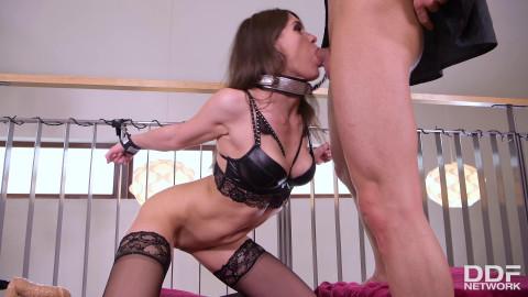 Kinky Housewifes Ass Gets Punished