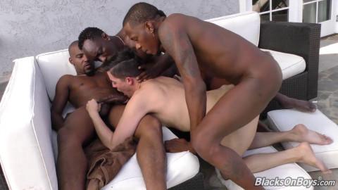 Hot Foursome Brad Wilde, Knight, Deepdicc & Tezjork (720p)