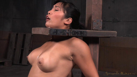 HD Dominance and submission Sex Movies Breasty Oriental Mia Li handcuffed to sybian
