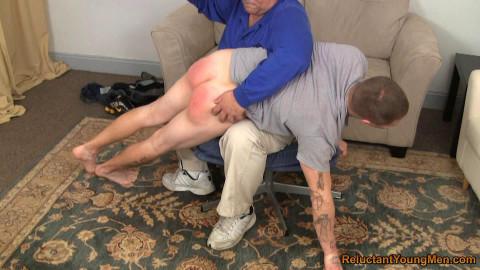 David Back Over Richs Knee