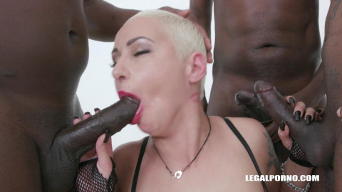 Lolly Glam gangbanged by huge african cocks