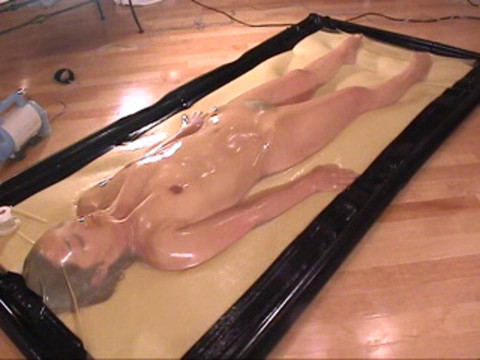 Vacuumbed Part 002
