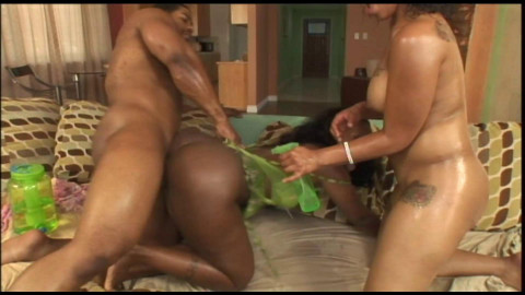 Horny chicks fuck black dick