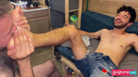 Travis Tops Edison Raw