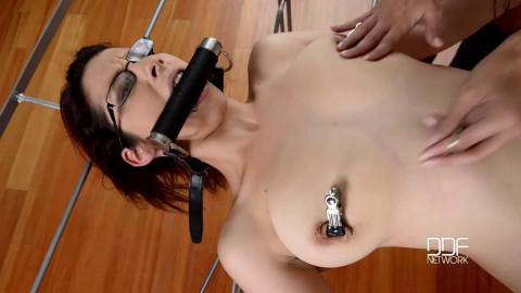 Super bondage, spanking and torture for hot naked model part 1 HD 1080