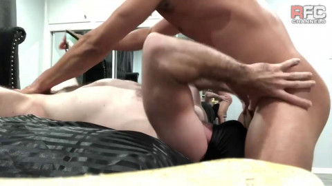 RawFuckClub Cesar Xes receives head from Masked Sub