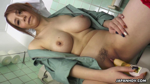 Maki Koizumi works as cleaning staff and copulates a stud in a public crap-house