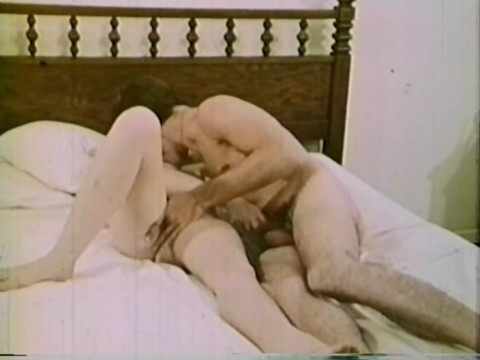 Lonesome Housewife (1973)