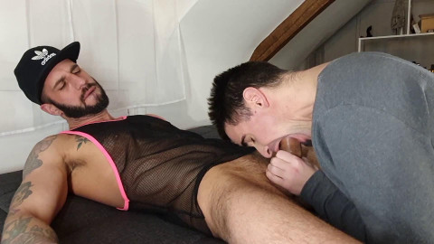 Submissive Slut Worships Huge Cock (Romeo Davis, David Valentin)
