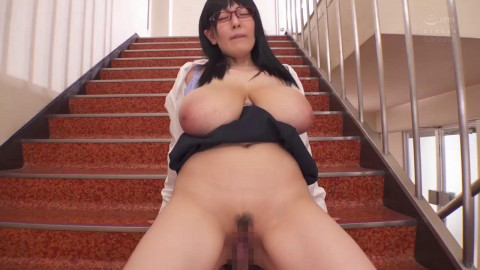 Secret Fuck With Colossal Tits Babe