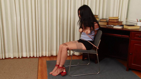 HD Bdsm Sex Videos Secretary Phoebe Queen is Bound and Gagged