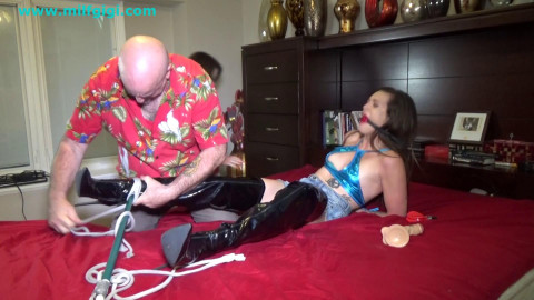 Horny rod tease acquires greater amount than this babe asked for