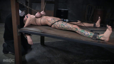 Rain DeGrey high - BDSM, Humiliation, Torture