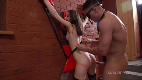 Bdsm Humiliation Vivian in Gas Mask - Anal destruction!